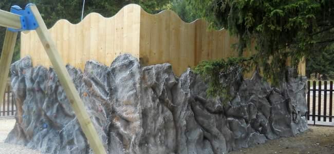 Hotel Escalade climbing wall